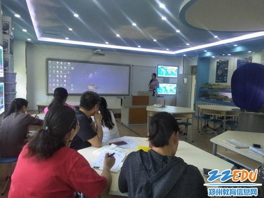 模拟无生课堂 提升专业素养